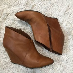 Seychelles Wedge Booties Brown Leather